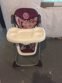 Baby's pink and white high chair Fairfax, 22030