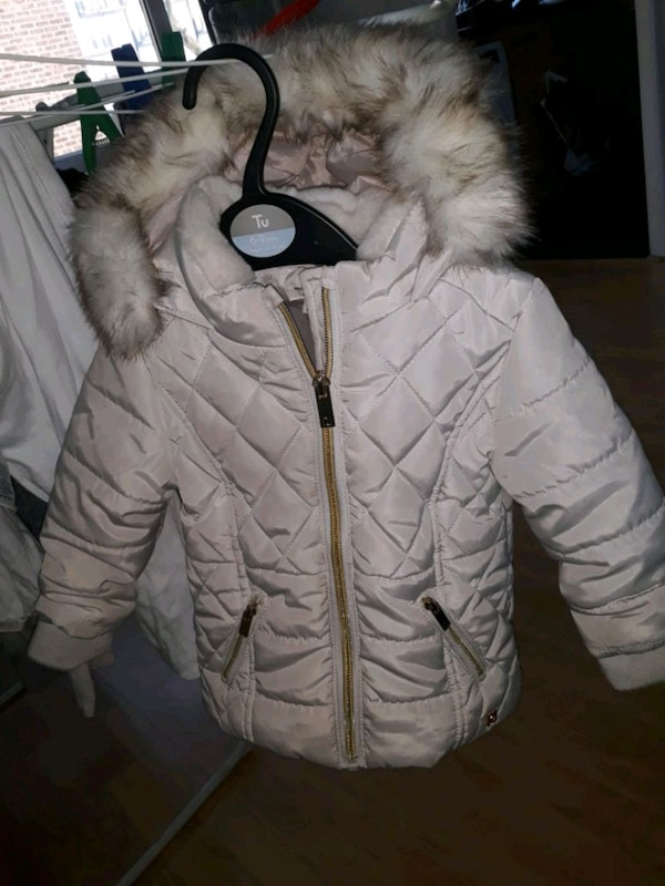 River island girls beige jacket 6-9 months
