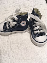 Converse blue high top size 2 toddlers  Toronto, M4K 2A9