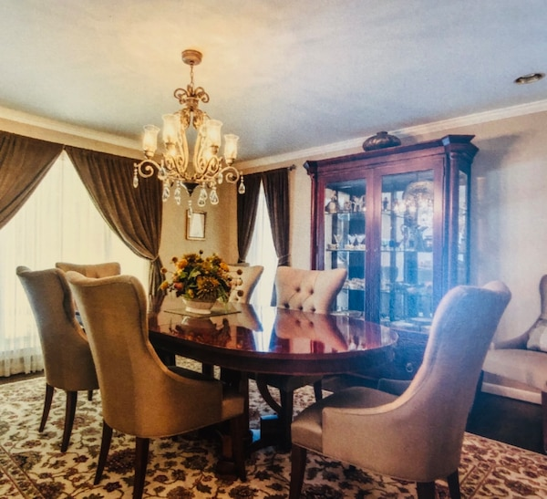 Bernhardt Dining Table With 8 Silk Chairs And Curio Cabinet