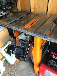 Ridgid cast iron table saw Mississauga, L5C 1G2