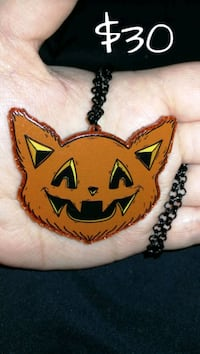 ORANGE - Pumpkin Kitty Cat - NECKLACE Seminole