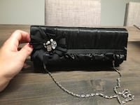 Small black evening purse (missing one stone) Côte Saint-Luc, H4V 2P3