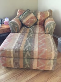 Double chair with ottoman (the most comfy chair ever) Wayne, 07470