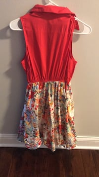 women's red and multicolored floral sleeveless dress 574 mi