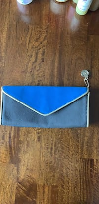 Blue/Gray Clutch Purse Suitland, 20746