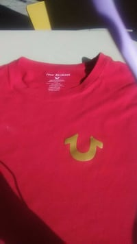 red and white Nike crew neck shirt DeFuniak Springs, 32433