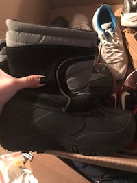 Boys Winter Boots Size 6y Lansing, 48911