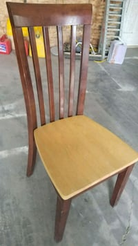 2 tone wooden table and 6 chairs Edmonton, T6T 1K7