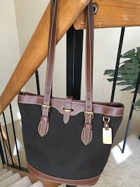 Dooney and Bourke leather and canvass brown summer bag.  Reston, 20190
