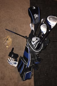Golf clubs set with extras
