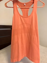 Lululemon racer back tank size 6 Chicago