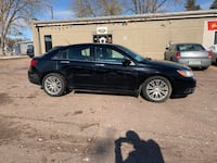 2012 Chrysler 200 limited leather (bargain) Sioux Falls