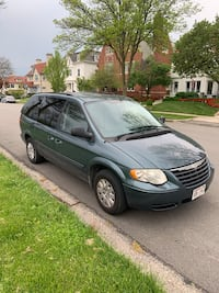 Chrysler - Town and Country - 2007 Milwaukee
