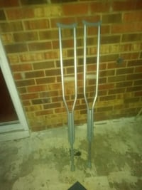 pair of gray metal crutches Laurel, 20723