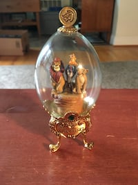 Lion King limited addition Franklin Mint mint footed glass dome  Media, 19063