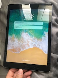 Apple iPad Air cellular Att Cricket Buda, 78610