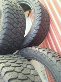 "MUD TIRES 20""90%VIDA. Pharr, 78577"