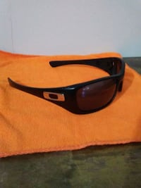 Oakleys sunglass LaGrange, 30240