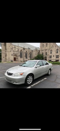 Toyota - Camry - 2004 Cleveland, 44114