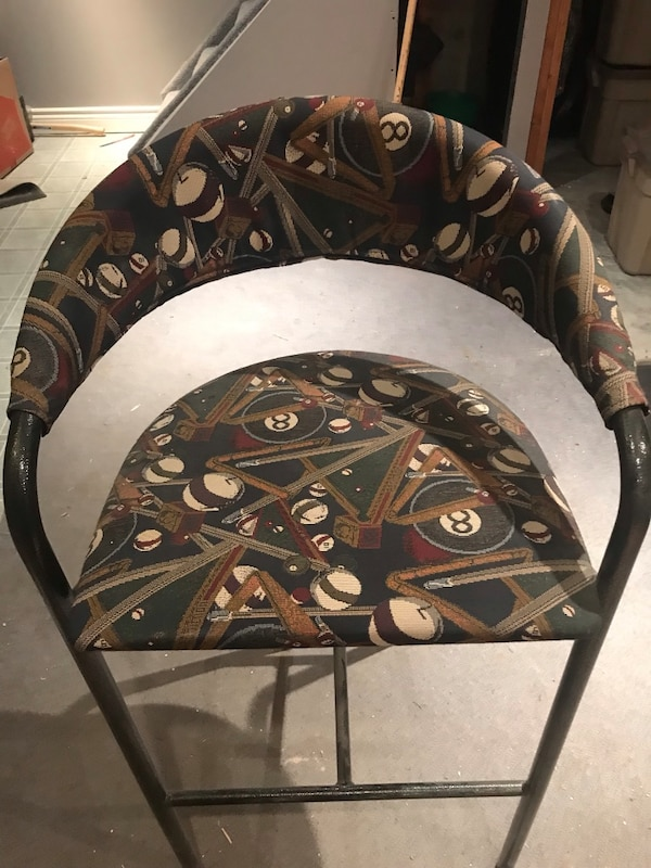 Bar chairs  5cac7e24-f91f-4222-ab20-8e03fa134baf