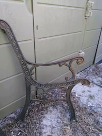 VINTAGE IRON PARK BENCH METAL. Spring Hill, 34606