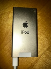 Like New IPod Nano in Rose Gold. 16 GB. Charger and headphones (used) included Kitchener, N2N 0B7