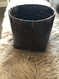 Crate and Barrel - wicker woven planter pot Los Angeles, 91602
