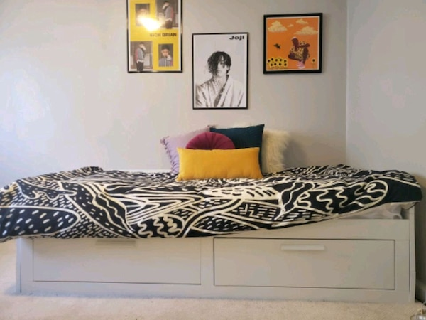 Expandable Bed, Twin Into Queen