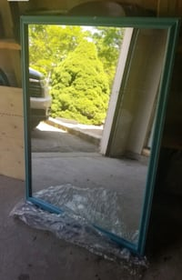 Gorgeous mirror for living room or bathroom 123 x Markham, L3T
