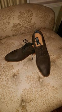 Brown leather rustic looking dress shoes Aurora, L4G 4X4