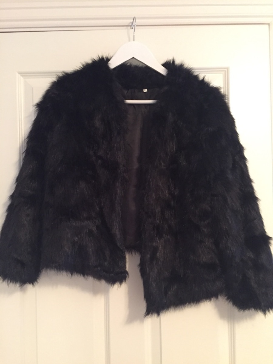 Faux fur, sort