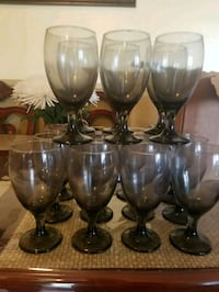 four clear glass wine glasses Los Angeles, 90009