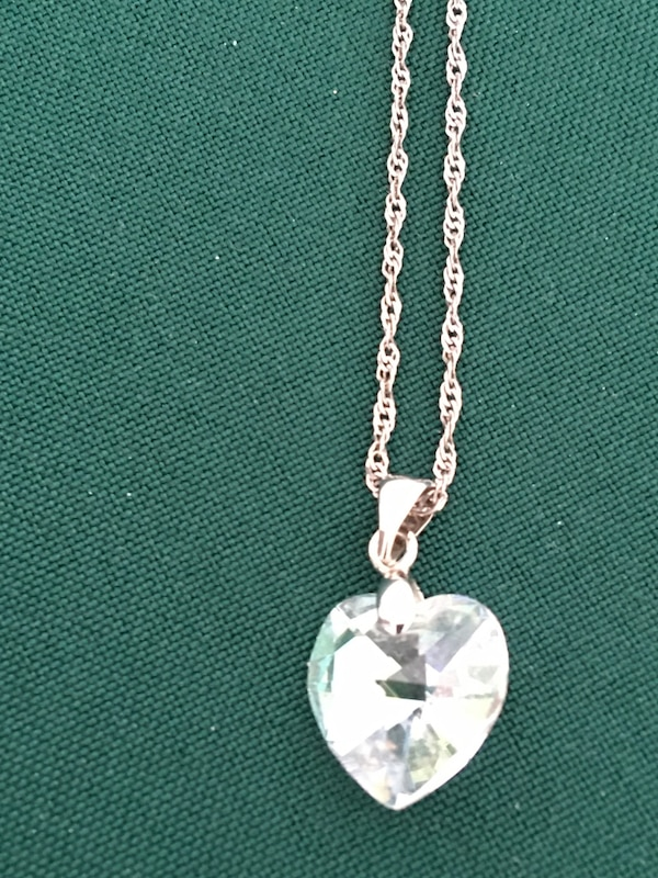 20 in Sterling Silver  Necklace with Swarovski Crystal Penant $40 5c80771b-c3b7-4bca-b5a9-c6d72499b704