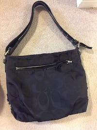 Black Coach Purse London, N6G 0C3
