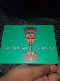 Authentic makeup the nubian by JUVIAS PLACE. Eyeshadow palette