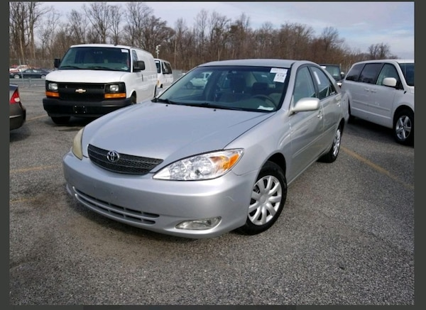 2004 Toyota Camry LE 4AT 9