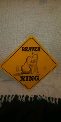 Beaver crossing sign Des Moines, 50320