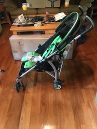 baby's black and green stroller Manchester, 08759