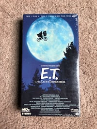 E.T. VHS UNOPENED COLLECTIBLE ITEM Arnold, 21012