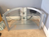 Mint Condition TV Stand! Richmond, V7A 1N5