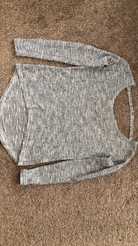 Women's gray sweater  Brampton, L6S 5K8