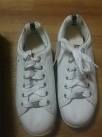 pair of white low-top sneakers 227 mi