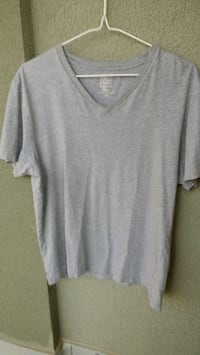 J Crew t-shirt Kitchener, N2G 4X6