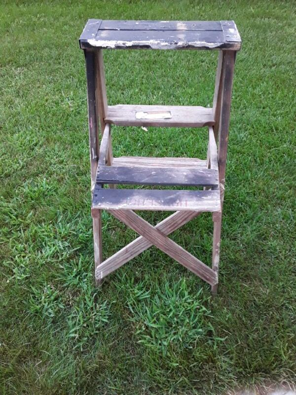 Two Wooden Vintage Ladders 9ac83268-500a-460e-b055-f9fac6026820