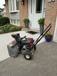 Yard machines snow blower 179cc new Toronto, M6J 3K8