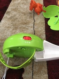 Fisher price music and spinning crib toy