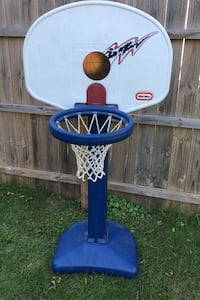 Kids toy basketball hoop  Des Moines, 50317