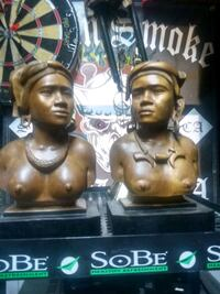 2 african hand carved hesds San Jose, 95136