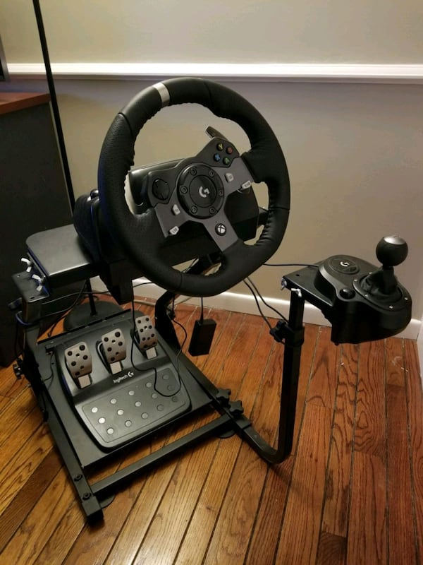 Xbox One /PC steering wheel and stand  687a5abf-df17-4522-af13-482ce1fa78b3